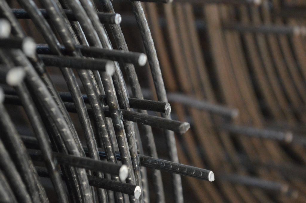 Malla electrosoldada - material de construcción de acero.