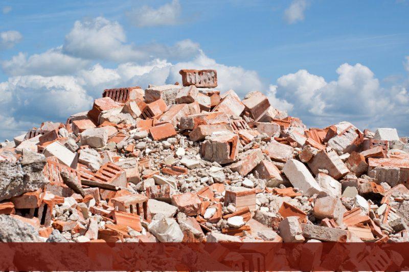 escombros-de-una-construccion-alambres-y-refuerzos-dac